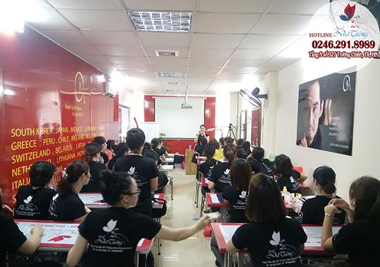 học làm nail ở Hà Nội